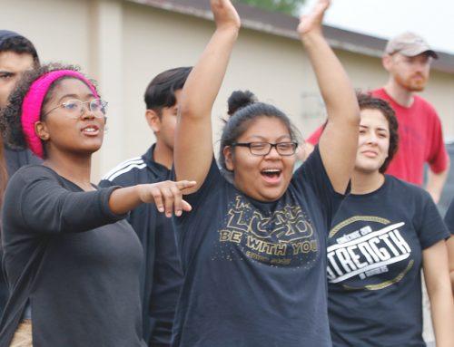 Seniors Victorious at SA Fall Picnic