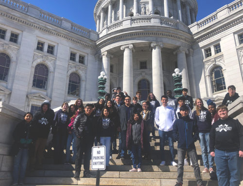 Students Tour Wisconsin Capitol Building