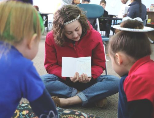 Juniors Read With Elementary Students
