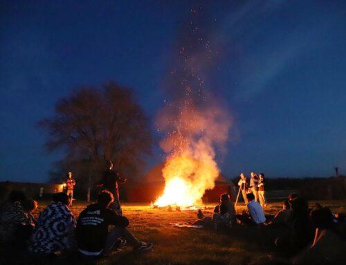 SA Organizes Campfire Vespers